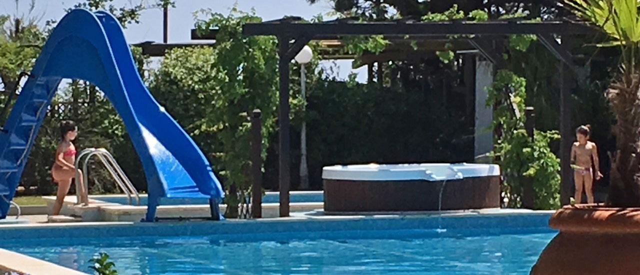 jesolo-piscina-fronte-mare